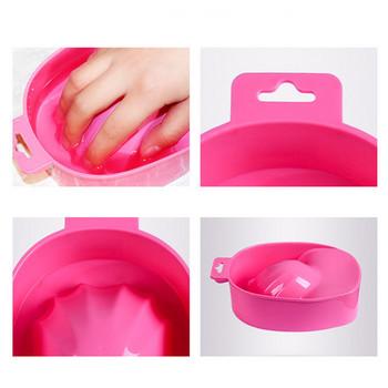 Μπάνιο για μούλιασμα των νυχιών