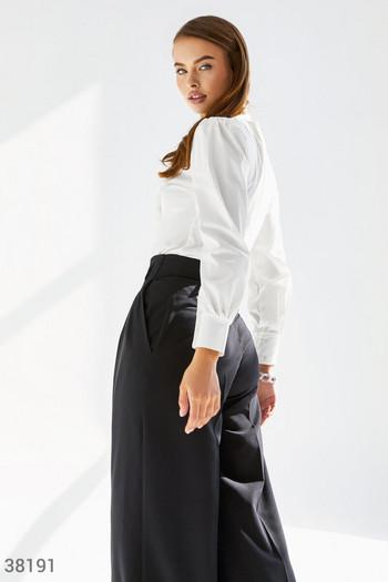 Романтична блуза от памук