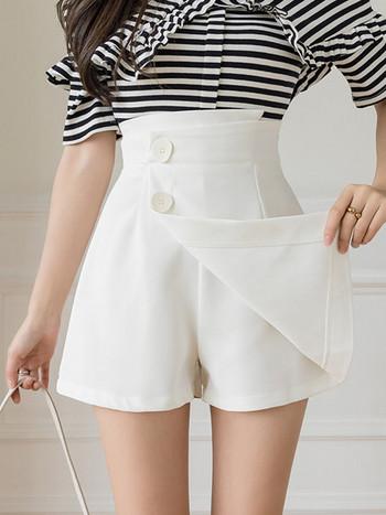 Къси дамски панталони - асиметричен модел
