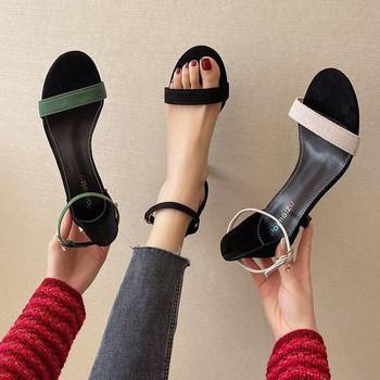 Елегантни дамски сандали на ток от еко велур
