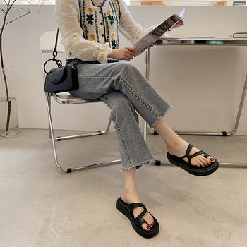 Дамски ежедневни сандали с равна подметка в три цвята