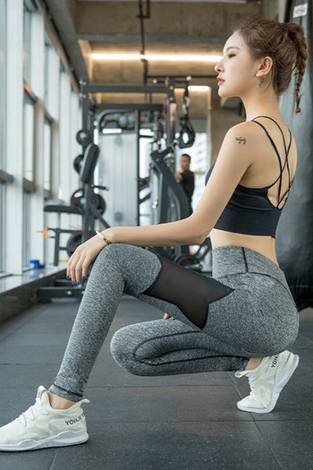 Νέο μοντέλο γυναικείο αθλητικό κολάν με τούλι σε γκρι και μαύρο χρώμα