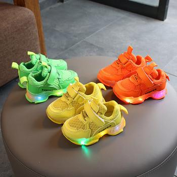 Нов модел светещи маратонки за момичета
