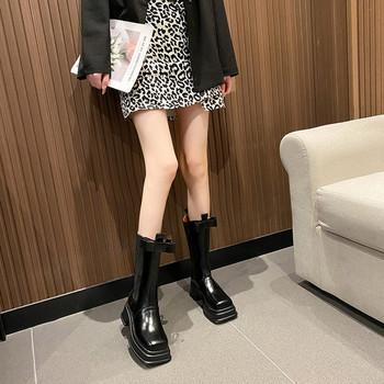 Модерни дамски ботуши с ток и панделка