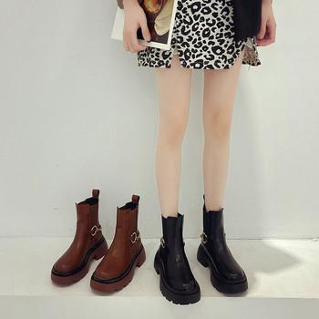 Нов модел дамски боти с метална верижка - черен и кафяв цвят